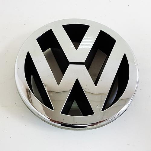 Original VW Front Grill Badge Emblem Chrome 1T0853601E ULM
